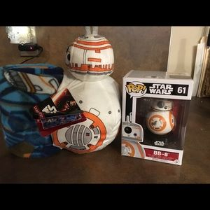Lot ~ Star Wars BB-8 character and throw & Funko